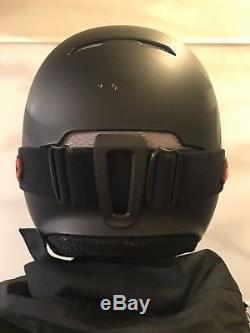 Black Ruroc RG1-X Ski/Snowboard Helmet + goggles, Small