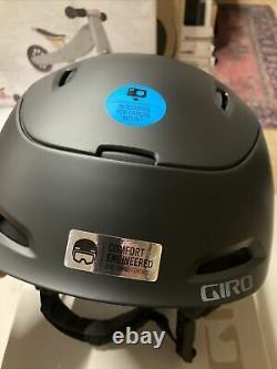 Giro Range MIPS Adult Large Snow Snowboard Ski Helmet Matte Black