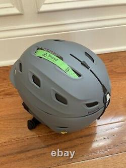 Never worn! Smith Vantage Snow Helmet with MIPS Size Large gray with vents