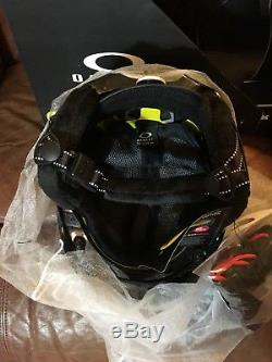 Oakley Mod 5 MIPS Adult Ski Snow Helmet, Size Small, Polished Black 99430MP-02J
