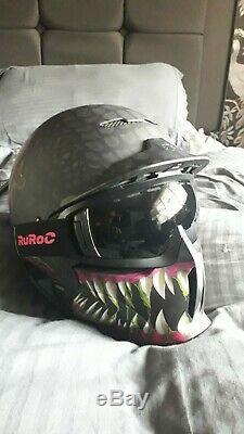 Ruroc ski helmet