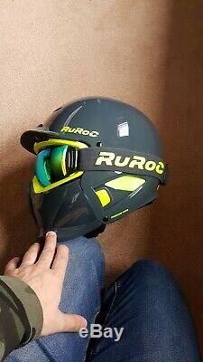 Ruroc snowboard helmet brand new never used with mag lock goggles