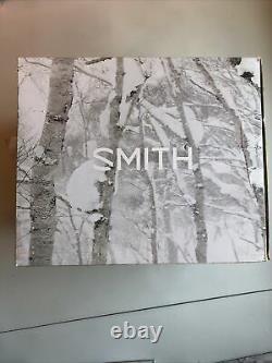 Smith Vantage Helmet Womens Ski Snowboard White Med 55-59cm NEW