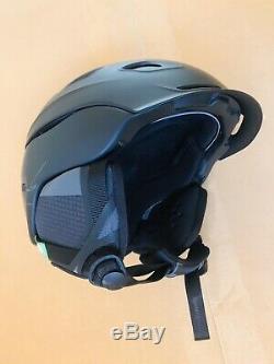 Smith Vantage Ski Helmet Matte Black MIPS Medium 55-59 cm Barely Used