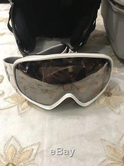 Bogner Ski Helmet Taille Small + Scott Googles + Gants