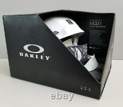 Oakley Mod5 Pilote D'usine Matte Casque De Neige Blanc Taille Petit Nouveau